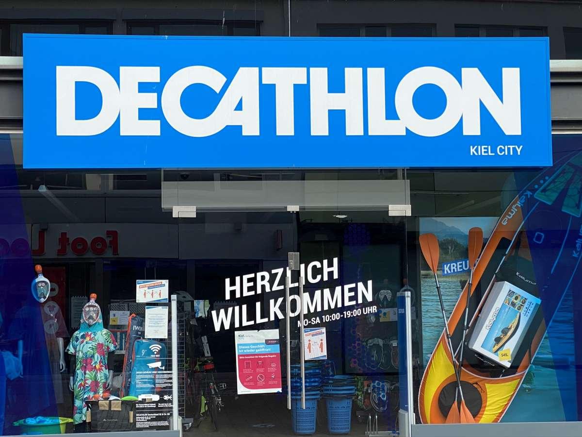 Decathlon Filiale Eingangsbereich