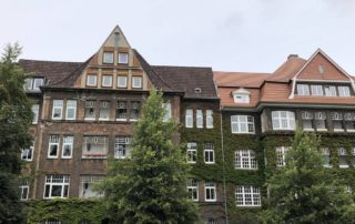 Wohnhäuser & Stadtwohnungen